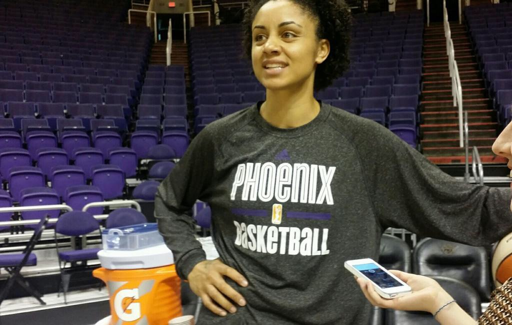 Mercury win game one of WNBA Finals over Sky