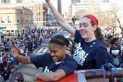 10 for UConn women with victory over Notre Dame