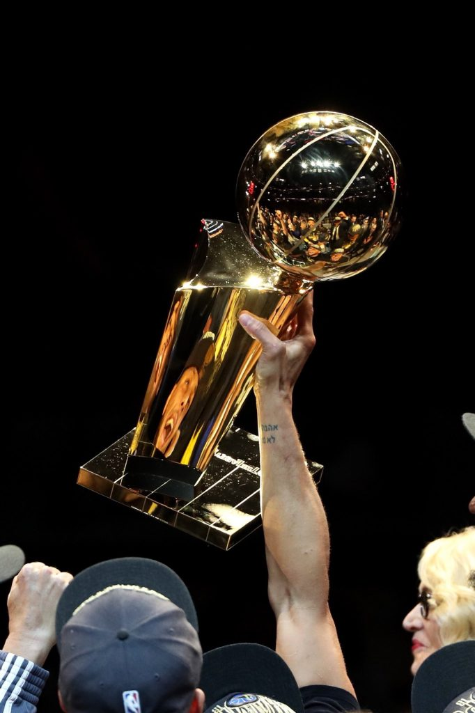 In the Heat of the moment, NBA Finals game four: Golden State Warriors sweep the Cleveland Cavaliers, here comes the summer of LeBron again