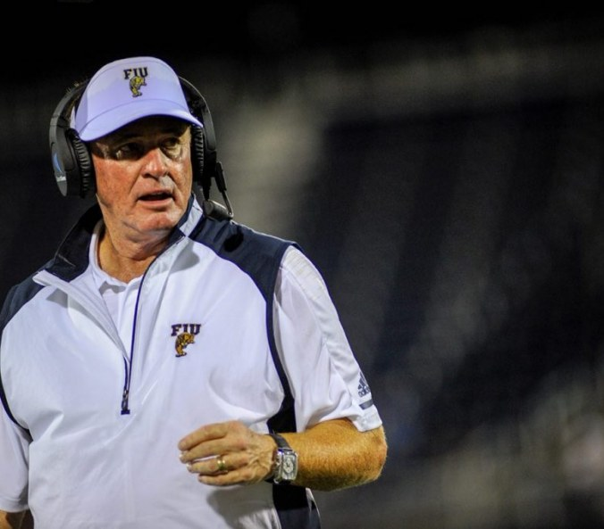 FIU football starts the season with loss to the Indiana Hoosiers