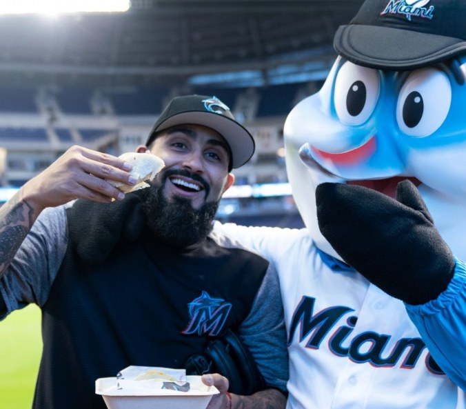 Gone fishing, Marlins get 11th win in May by defeating the Mets